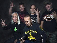 Kultovní polská heavy metalová skupina TSA.