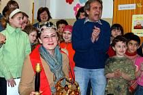 V roce 2009 získala titul Zlatého Ámose Lucie Andělová ze ZŠ Komenského, dnes ZŠ Vydmuchov.
