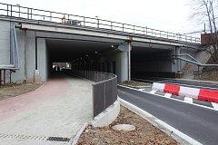 Podjezd pod železniční stanicí v Havířově prošel celkovou rekonstrukcí a změnilo se i jeho nejbližší okolí.