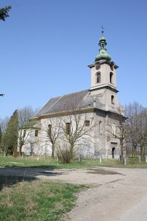 Kostel vKarviné-Loukách.