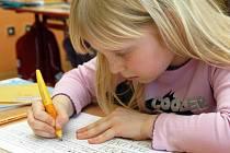Nová metoda psaní Comenia Skript na Karvinsku zatím mnoho příznivců nemá. Zástupci škola ale tvrdí, že pokud si to rodiče budou přát, budou se jejich děti tímto písmem učit psát.