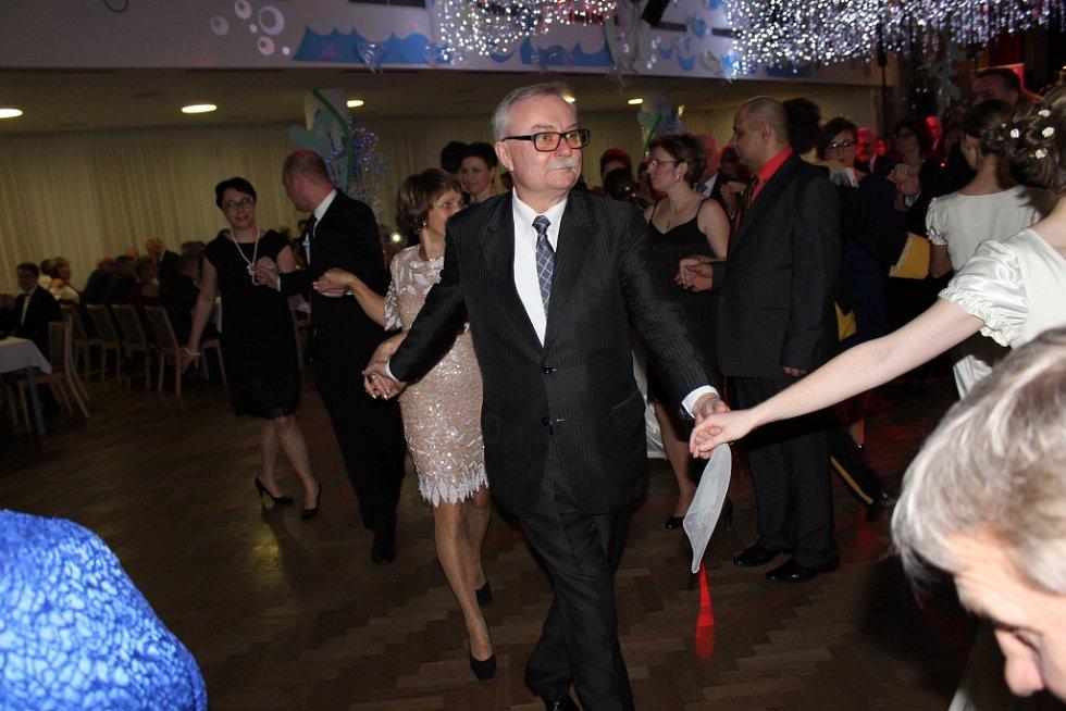 Ples PZKO v KD Družba v Karviné.