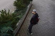 Poznáte muže podezřelého z krádeže jízdního kola?