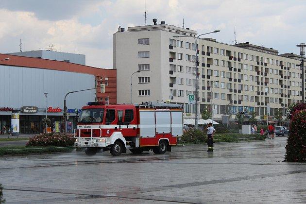 Havířovští dobrovolní hasiči dokázali přivolat déšť.