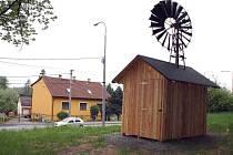 Opravený mlýnek v Dětmarovicích.