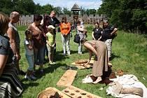 O několik století zpět se ocitli návštěvníci, kteří v sobotu navštívili archeopark v Chotěbuzi. Na vlastní oči se mohli přesvědčit, jak vypadal život starých Slovanů v době Velké Moravy.