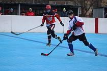 Karvinští hokejbalisté přivezli tři body.