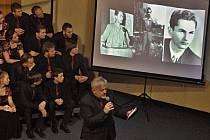 Sbor Permoník i lidé z Karviné se rozloučili s Ivanem Šeinerem.