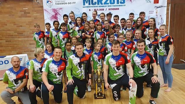 Karvinští bojovníci přivezli z MČR hromadu medailí.