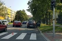 Místo kolize cyklisty a osobního automobilu na ulici 17. listopadu v Havířově.