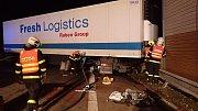 Nehoda kamionu uzavřela půl dálnice D48.
