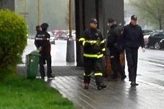 Zásah policistů a hasičů v ulici Na Nábřeží v centru Havířova.