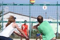 Plážoví volejbalisté se v závěru letní sezony činili.