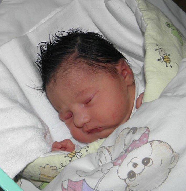 Natálka se narodila 3. prosince paní Miluši Tomesové z Karviné. Po narození dítě vážilo 3270 g a měřilo 49 cm.