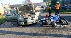 Během vážné nehody se zranilo hned několik osob.