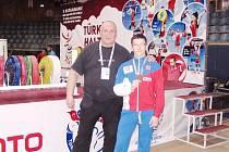 Martin Štreichl, bronzový medailista z Turecka, se svým osobním trenérem Pavlem Khekem.