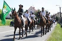 Lidé v krojích, alegorické vozy, vyzdobený park PZKO, hudba a dobrá nálada. Takto to v neděli vypadalo ve Stonavě, kde její obyvatelé oslavili letošní dožínky.