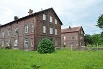 Začaly úpravy červené kolonie v Bohumíně. Do dvou let by tam měly vzniknout byty k pronájmu.