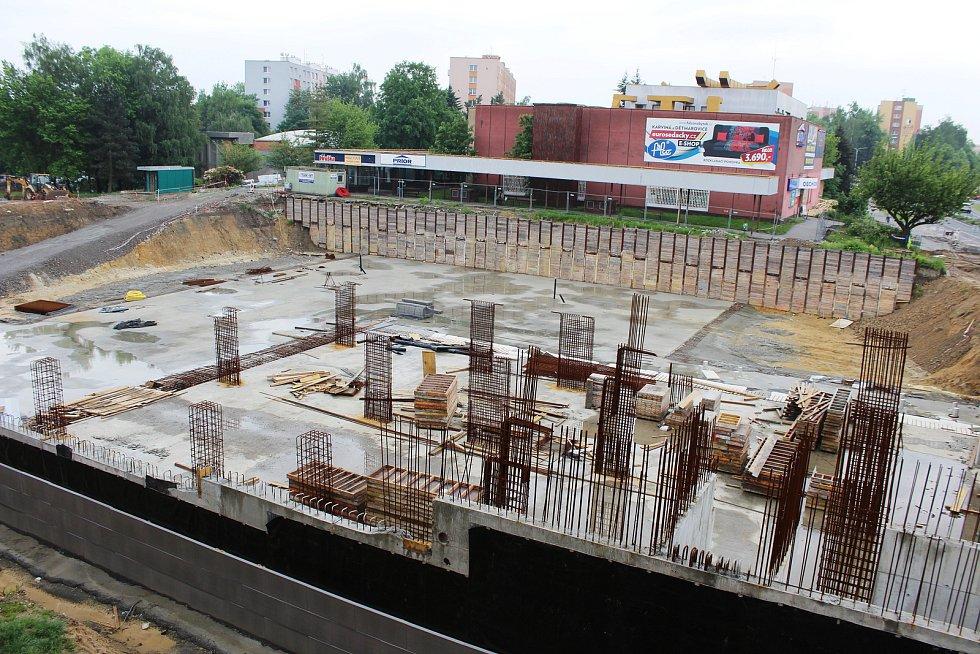 Stavba náměstí má být údajně dražší o více jak padesát milionů.