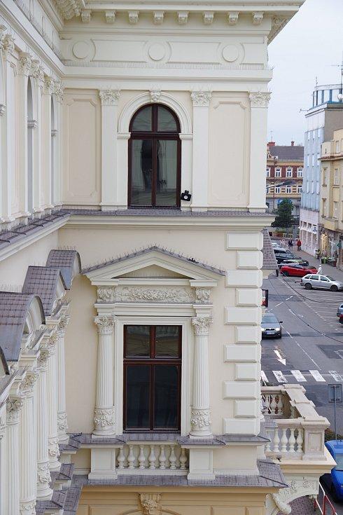 Neoklasicistní budova Muzea Těšínska opět září novotou. Zavřená byla více než 20 let.
