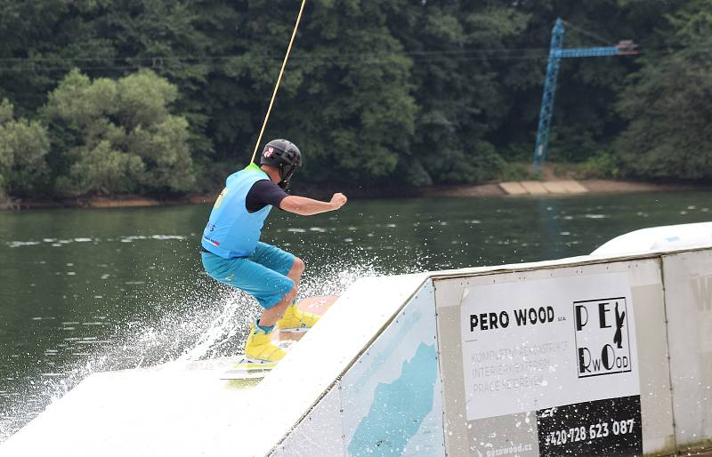 Mezinárodní závody ve wakeboardingu Blackcomb.cz Community Wake Cup, Ski & Wake Park Těrlicko, 17. července 2021.