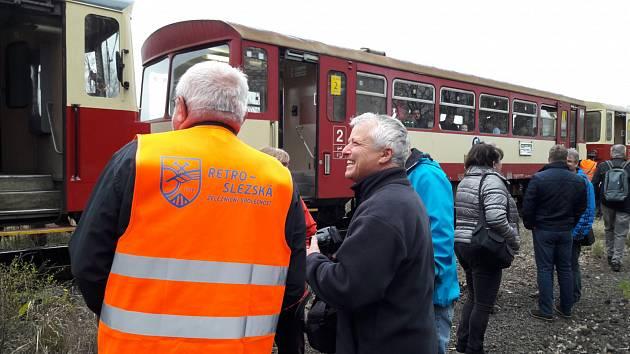 Vyjížďka speciálním vlakem po vlečkách báňské dráhy na Karvinsku.