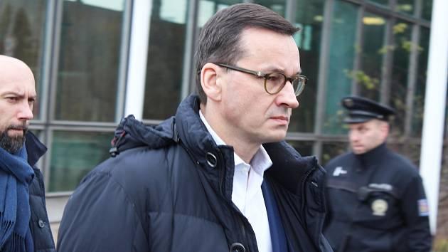 Polský premiér Mateusz Morawiecki u Dolu ČSM ve Stonavě po neštěstí dne 21. 12. 2018, kde o den dříve zahynulo 12 polských horníků.