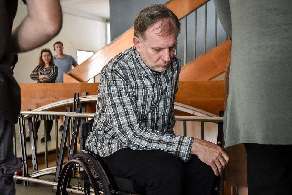 Natáčení filmu České televize Stockholmský syndrom v Havířově. Na snímku herec (vlevo) Martin Finger.