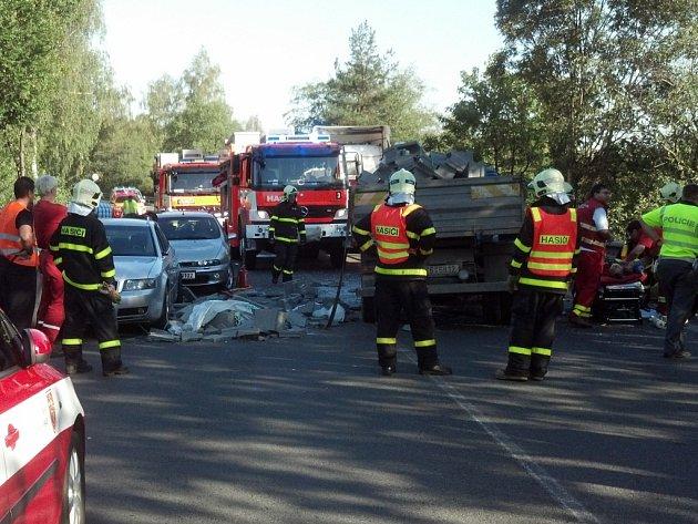 Tragická nehoda v Chotěbuzi.