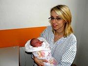 Maminka Natalia Uher 16. prosince porodila dcerku Sofii. Po narození holčička vážila 3190 g a měřila 48 cm.