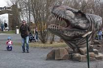 Do doubravského Dinoparku si návštěvníci našli cestu o během velikonočních svátků. Denně prý v těchto dnech dorazí kolem pěti set návštěvníků.