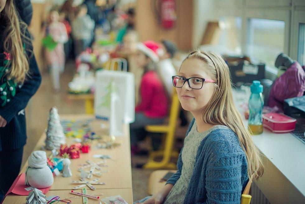 Vánoční jarmark na ZŠ Mládežnická v Havířově.