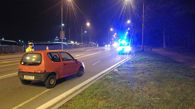 Nehoda pod Bludovickým kopcem v Havířově.