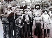 Sportovní dopoledne pro děti členů BSP předáků Wawrosze a Richtra u příležitosti Mezinárodního dne dětí v roce 1982.