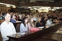 Setkání absolventů v pátek 13. listopadu při příležitosti oslav 25. výročí založení OPF v Karviné.