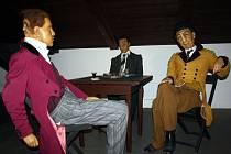 Výstava voskových figurín s názvem Katastrofy lidského těla.