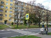 Přechod pro chodce přes ulici 17. listopadu.