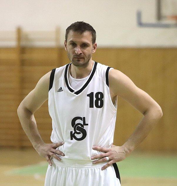Zklamaní karvinští basketbalisté.