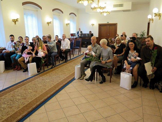 Vítání občánků vobřadní síni na Zámku v Havířově, neděle 22. října 2017.