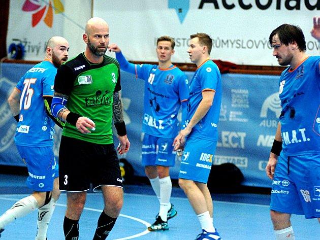 Házenkáři Baníku na Final 4porazili Lovosice, ale prohráli ve finále sPlzní.