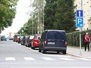 Jednosměrný úsek v ulici Svornosti v centru Havířova.