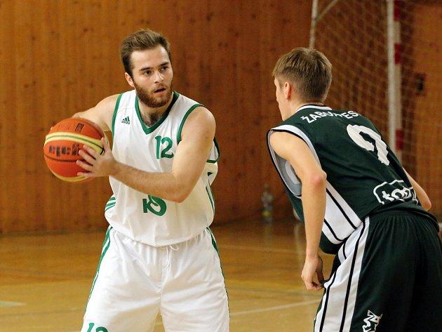 Basketbalistům Karviné by už play off nemělo utéct.