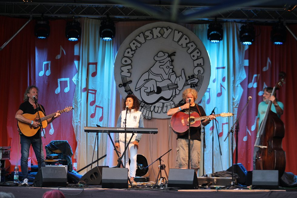 Dny města Karviné pokračovaly i sobotním programem, který nabídl několik hudebních stylů, vystoupení a kapel.