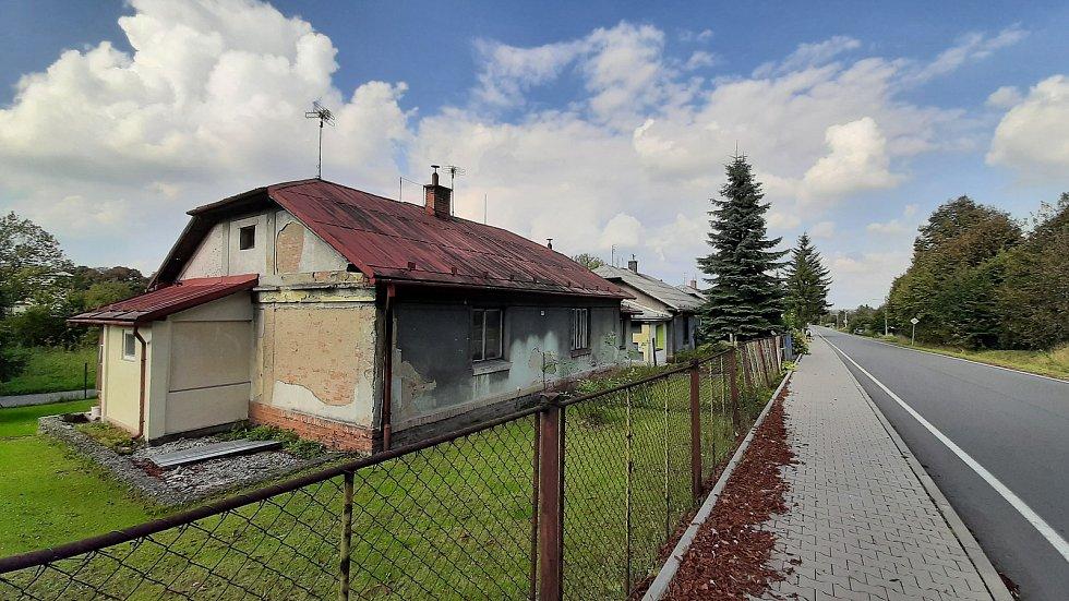 Kolonie finských domků, nejen v Doubravě, má jít k zemi. Jejich majitel, společnost Heimstaden, chce začít s revitalizací, domky strhnout a na jejich místě postavit nové dřevostavby.
