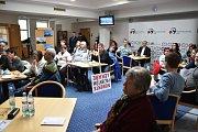 Jednání o orlovské nemocnici na krajském úřadě.