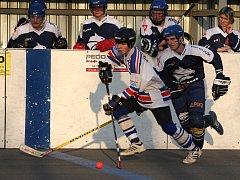 Hokejbalisté Karviné zvládli poslední zápas roku.