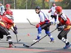 Hokejbalisté Karviné mají problémy a potřebují zabrat!