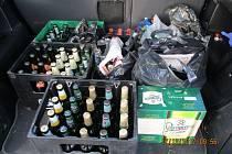 Odhalený nelegální alkohol.