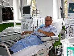 Pacient bohumínského dialyzačního střediska. Ilustrační snímek.