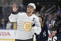 David Pastrňák je zpět v týmu Bostonu.